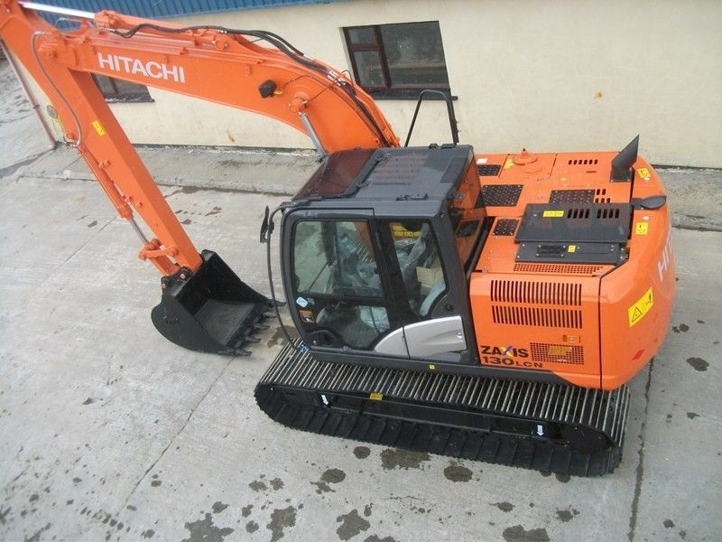 Excavatoare midi Hitachi ZX 130 second hand