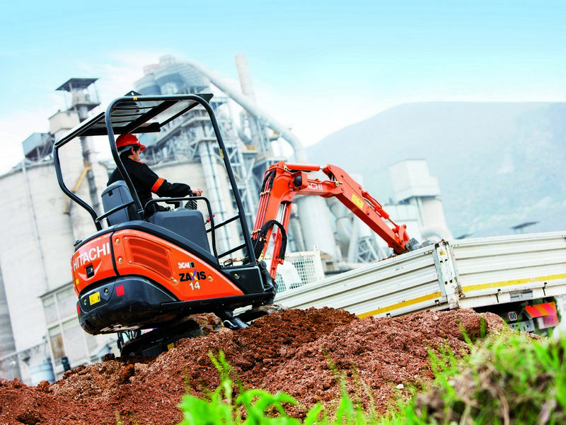 Excavatoare mini Hitachi ZX 14 Romania