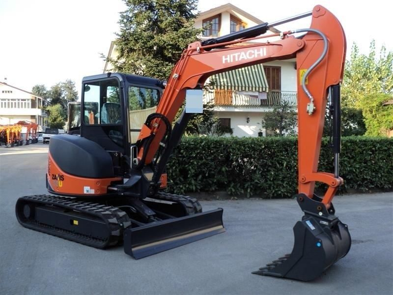 Excavatoare mini Hitachi ZX 52 dealer