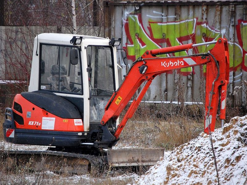 Excavatoare mini Kubota KX 071 dealer