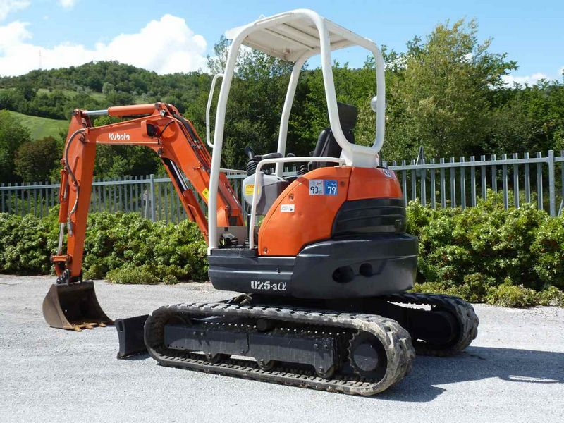 Excavatoare mini Kubota U 25 dealer