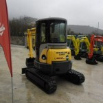 Excavatoare mini New Holland E 35 dealer