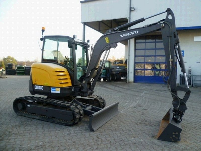 Excavatoare mini Volvo ECR 48 dealer