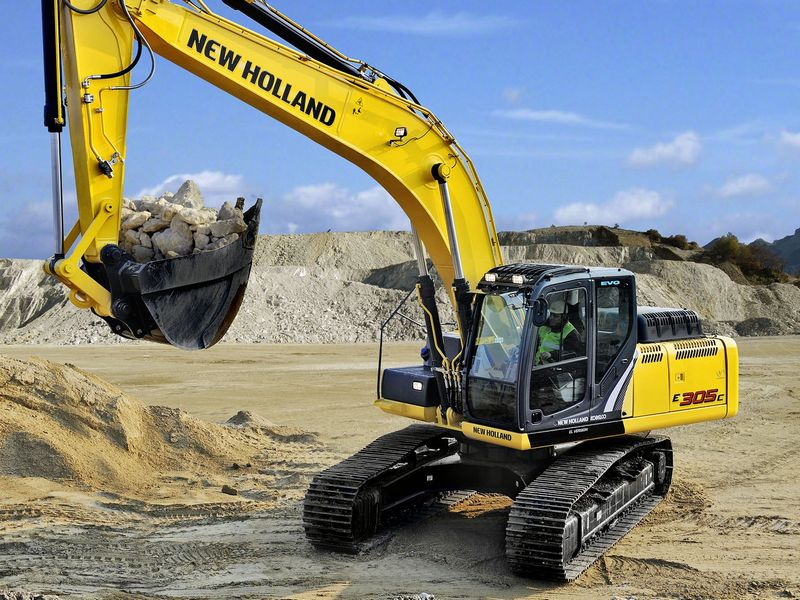 Excavatoare pe senile New Holland E 305 Romania