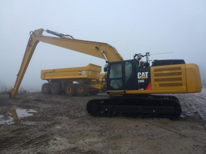 Excavator cu Brat Lung Caterpillar 336