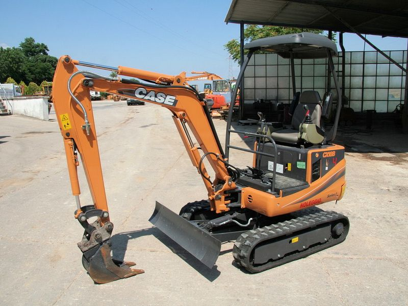 Excavator mini Case CX 18 oferta