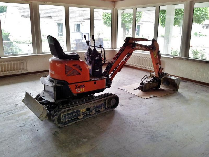 Excavator mini Hitachi ZX 10 Romania