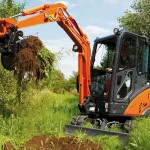 Excavator mini Hitachi ZX 18 de inchiriat