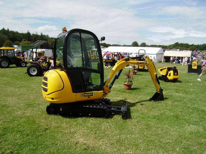Excavatoare mini JCB 8020 second hand