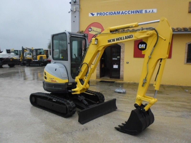 Excavator mini New Holland E 35 second hand