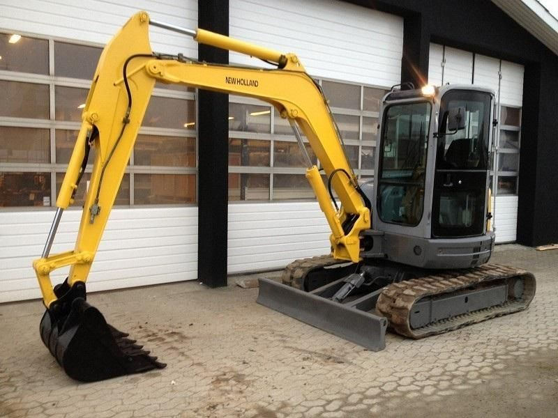 Excavator mini New Holland E 50 second hand