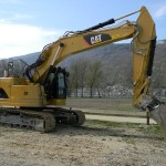 Excavator pe Senile Caterpillar 321 second hand