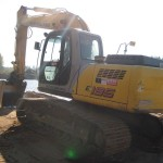 Excavator pe senile New Holland E 195 Romania