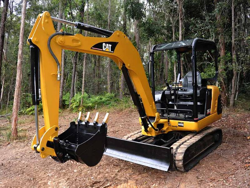 MiniExcavator Caterpillar 302.5 second hand