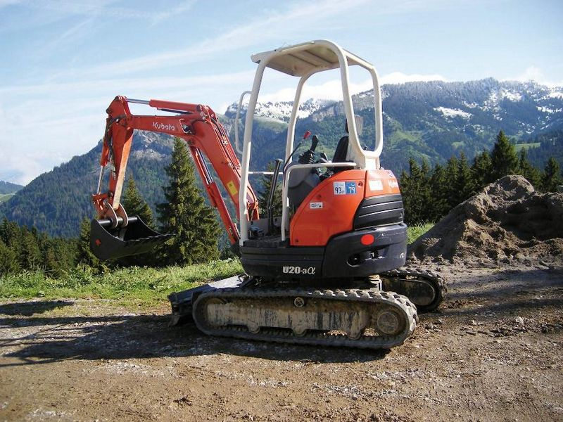 excavator mini kubota u 20 second hand