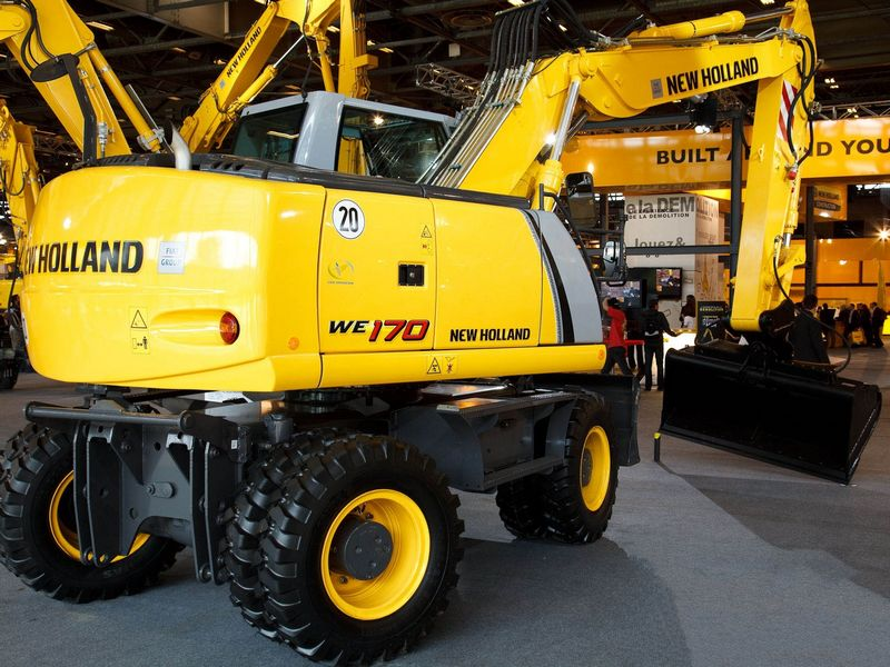 Excavatoare pe roti New Holland WE 170 dealer