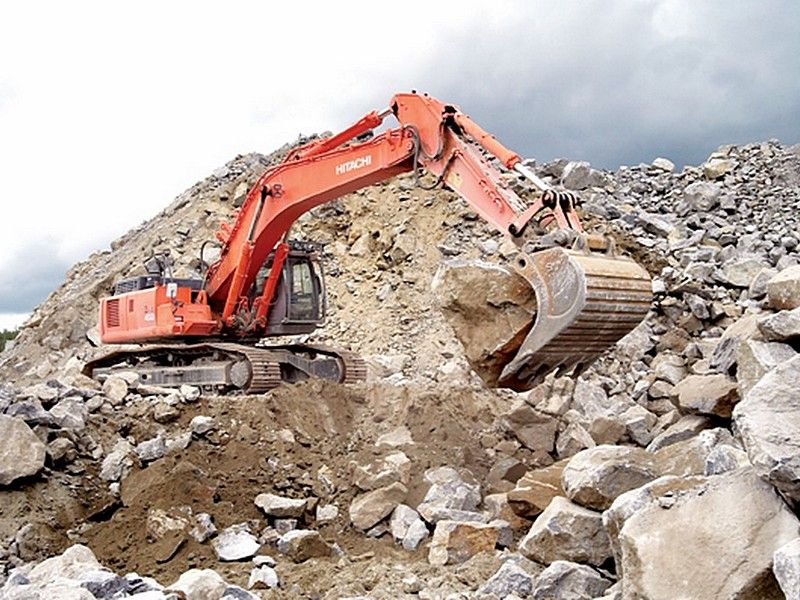 Excavator midi Hitachi ZX 400 dealer
