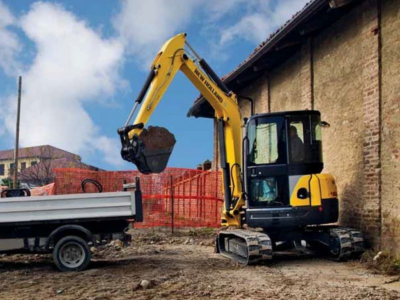 Excavator mini New Holland E 39 second hand